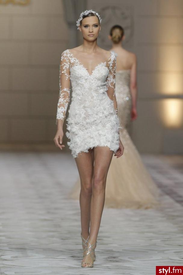 9a452b77b2 Nowoczesna panna młoda - krótkie suknie ślubne