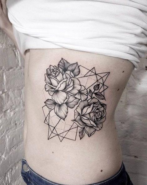 Geometric Rose Super Trend W Tatuażu Zobaczcie