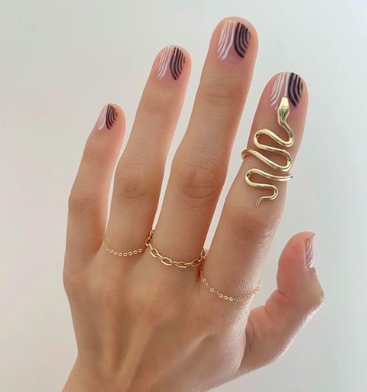 Manicure Betina Goldstein