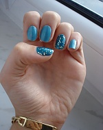 my baby blue nails <3