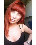 Ze względu na brak zgody osoby która jest na zdjęciu dokonałam retuszu. Jednak sądzę,że na tym portalu zwraca się uwagę na fryzurę a nie twarz modelki. PIĘKNY ODCIEŃ RUDEGO ;)