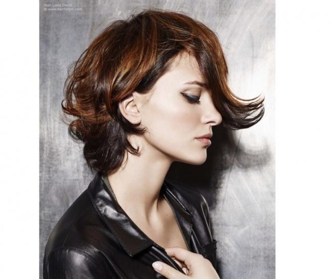 Krótkie Fryzury Dla Kręcących Się Włosów Przy Tych Cięciach