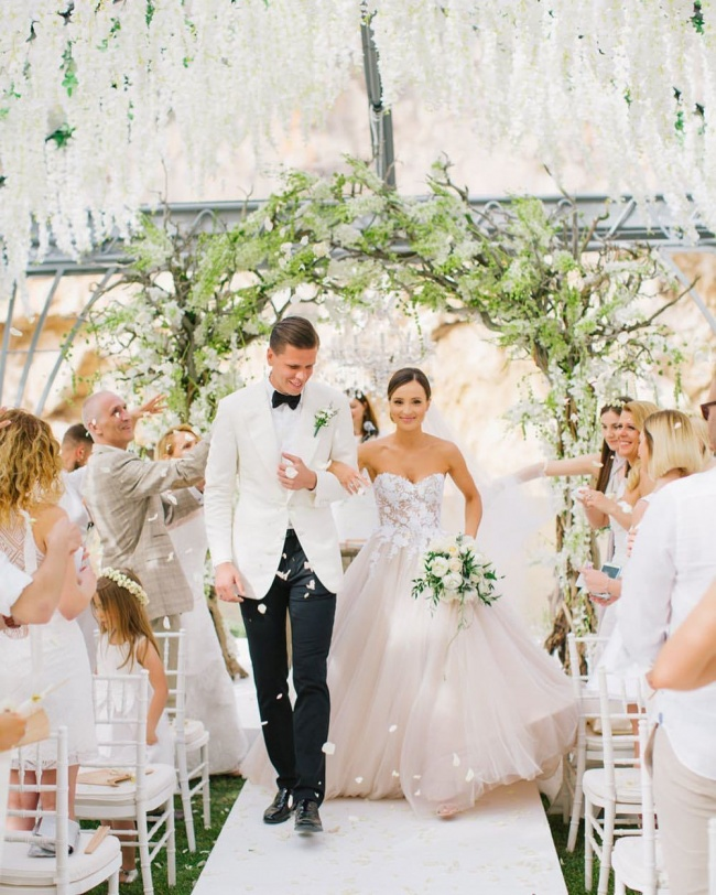 Pierwsza suknia ślubna