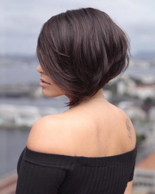 Fryzury średnie 2019 Zobacz Jak Modnie ściąć Włosy Do Ramion